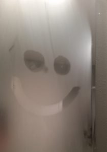 How To Stop Bathroom Mirror Steaming Up Prevent The Foggy