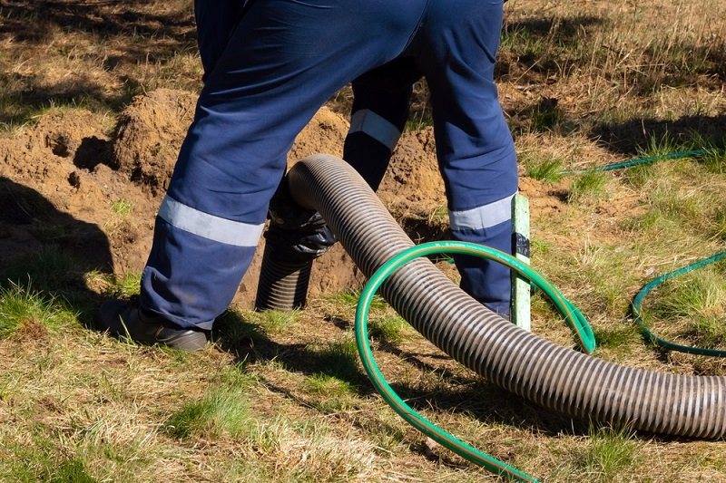 how often to pump septic tank
