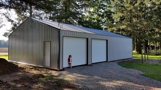 30x48 pole barn with double doors