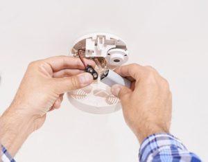 changing smoke detector battery