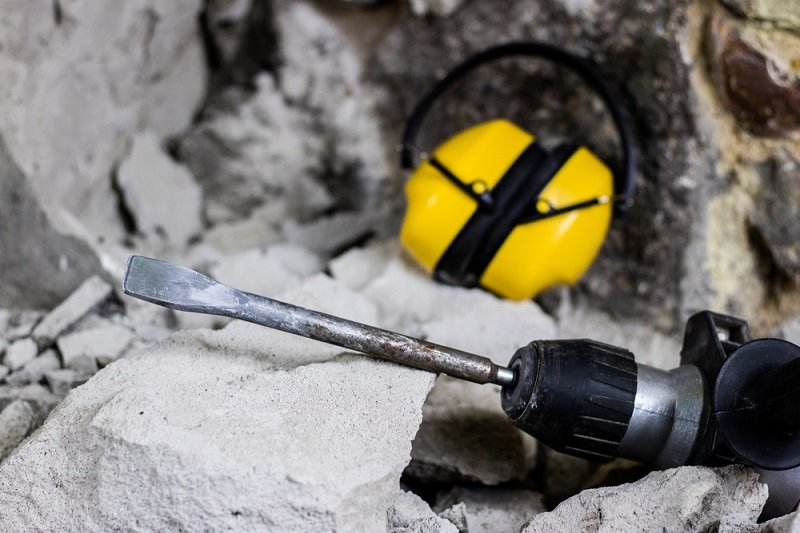 hammer drill on concrete