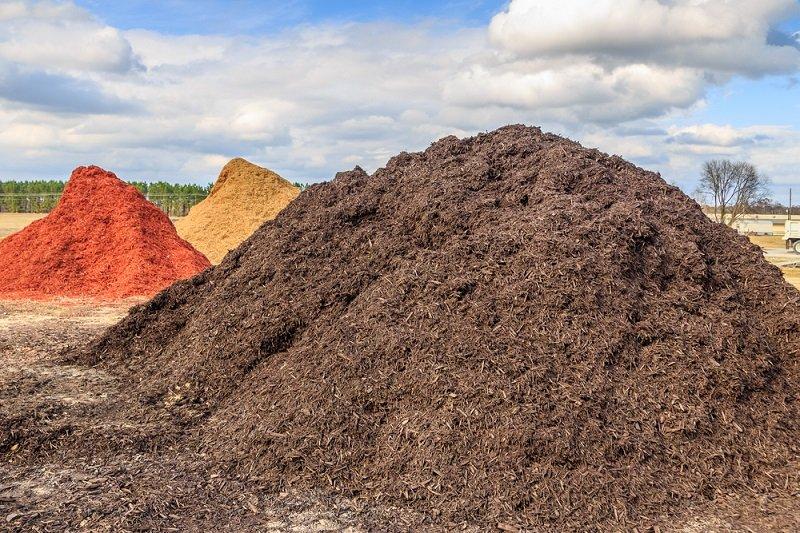 buying mulch in bulk